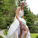 Die Braut zeigt ihr Strumpfband - Fotografie in Hof/Saale