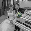 Brautpaar am Flügel - Romantik in Kulmbach