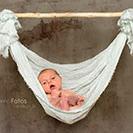 Newbornfotografie mit Hängematte in Naila